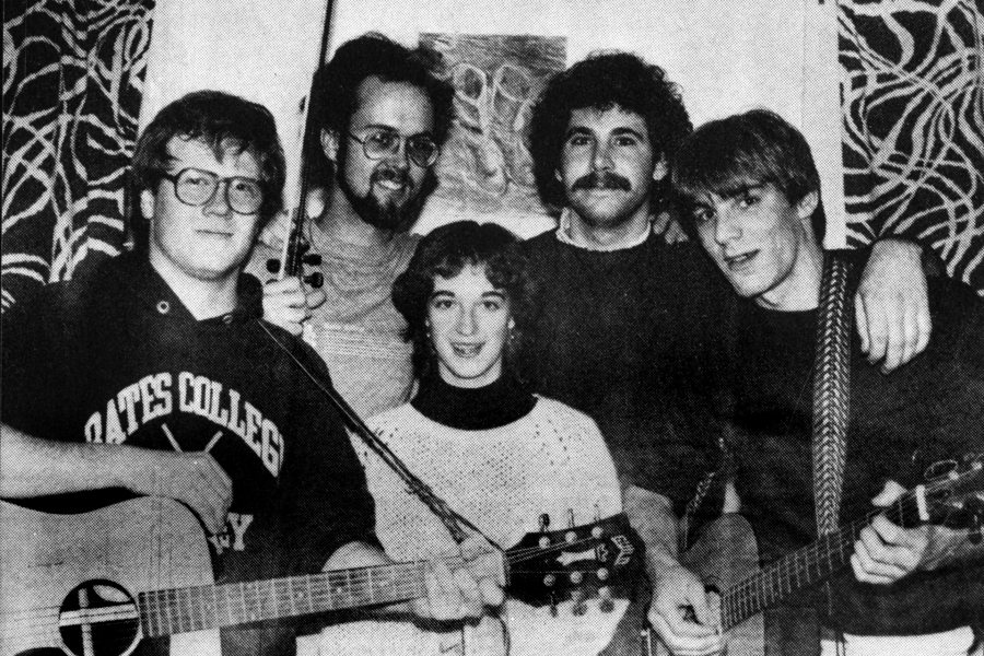 Violinist Miriam Smith '85 is shown with one of her campus bands, Mir and the Bad Examples, in the 1985 <em>Mirror</em>. The other members are, from left, Adam Ableson, C.J. May, Paul Macuika, and Sam Paul.