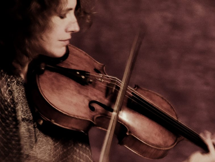 Stephanie Griffin, a violist and a founder of the Momenta Quartet, performs at Bates on Nov. 19 and 20. (Rogelio Nobara)