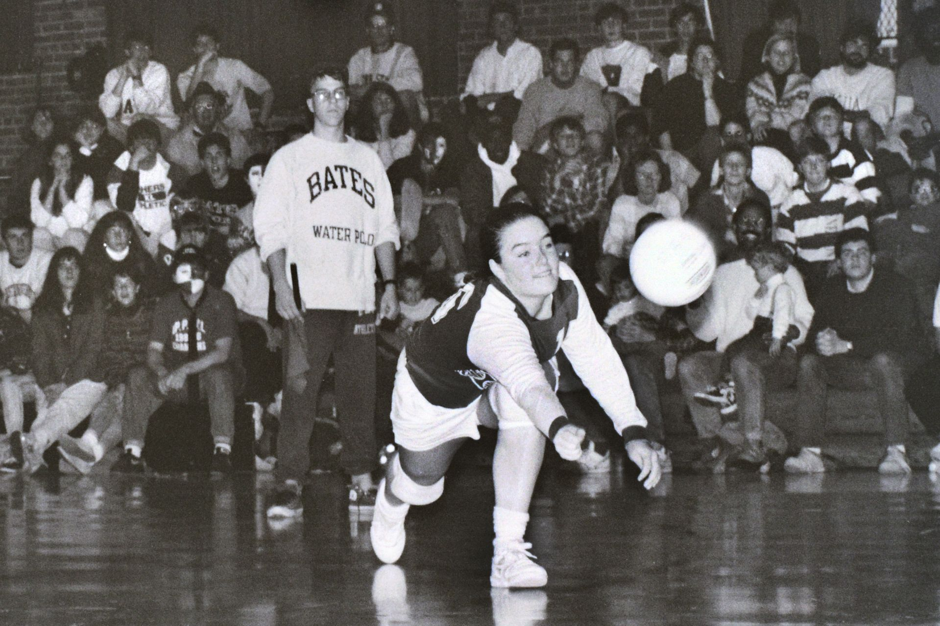 Nicole Bolduc Schmidt '90 makes a save during the 1989 ECAC tournament. (Scott Pim '93)