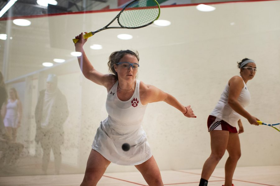 Bates' squash teams play both Williams and Connecticut College on Jan. 11. Shown here is Ella Lungstrum '23 of Brooklyn, N.Y., during the No. 18 nationally ranked Bates women's victory over Vassar on Nov. 16. (Theophil Syslo/Bates College)