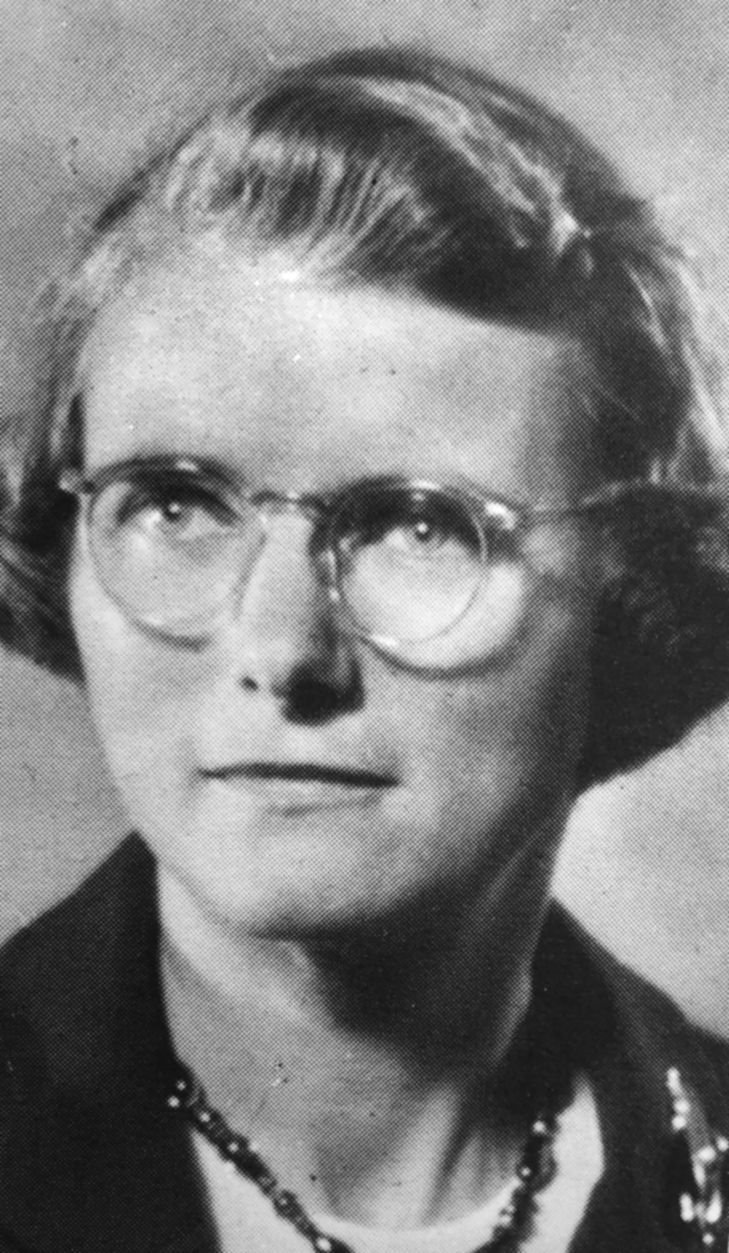 Edith Hary, Class of 1947