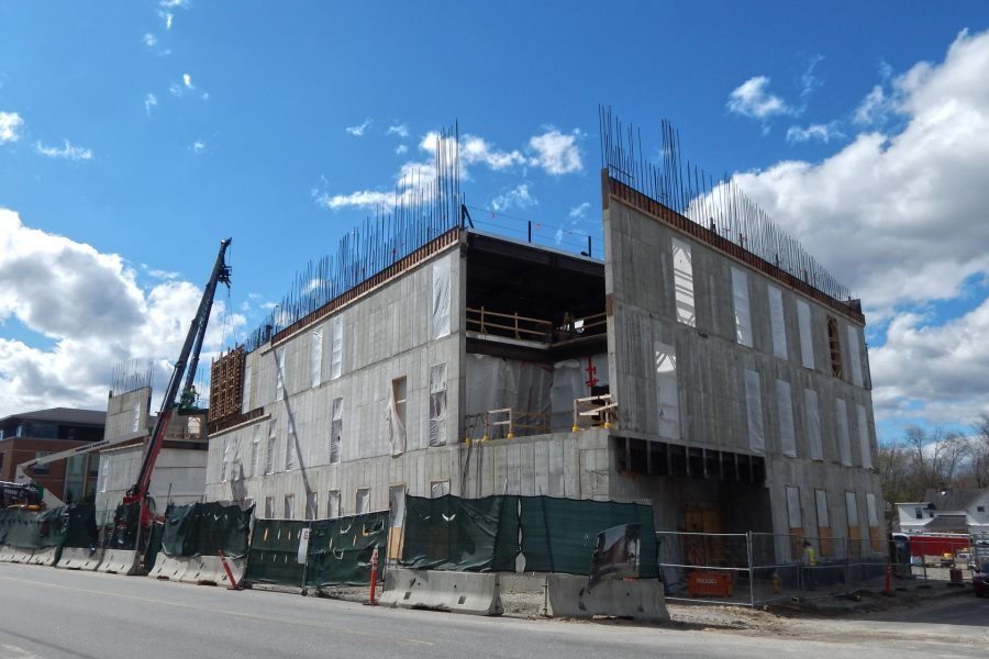 Three stories high and rising: the Bonney Science Center on May 4, 2020. (Doug Hubley/Bates College)
