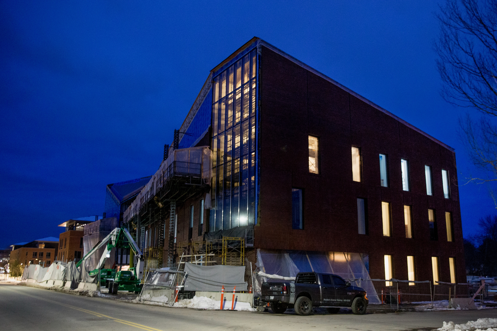 The Bonney Science Center at dusk on Jan. 13. Painters, flooring installers, and other trades work evening shifts in the building. (Phyllis Graber Jensen/Bates College)