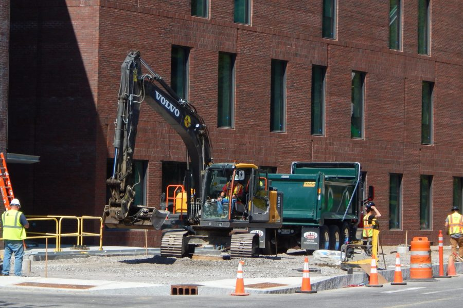 Site work in progress near the main entrance (at left) of the science center.  (Doug Hubley/Bates College)