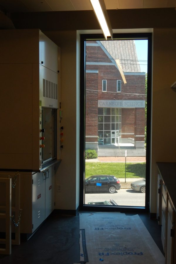 A view of Carnegie Science from a second-story lab in the Bonney Center. (Doug Hubley/Bates College)