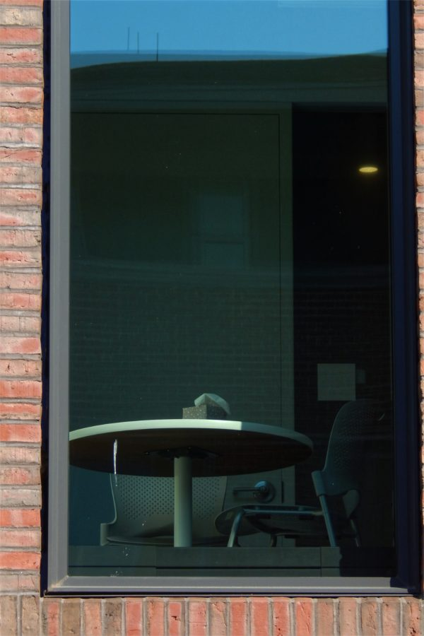 Bonney Center office furniture seen from Bardwell Street. (Doug Hubley/Bates College)