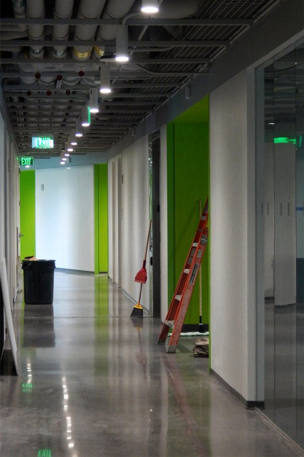 White and Payette-green paint, glass walls, infrastructure used as decorative treatment — these are some of the visual characteristics of the Bonney Center interior. (Doug Hubley/Bates College)