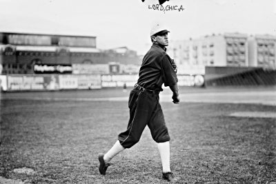 Title: [Harry Lord, Chicago AL, at Hilltop Park, NY (baseball)]Creator(s): Bain Ne