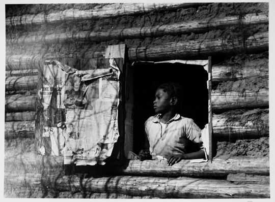 Girl at Gee Bend, Arthur Rothstein, Gelatin silver print, 1937, 15x19 (40 x 49.7cm)